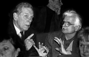 Георгий Жёнов и Марлен Хуциев. Дом Кино. 1994. Москва. Дом Кино.