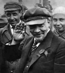 В.И.Ленин на закладке памятника «Освобождённый труд». Москва, 1 мая 1920 года