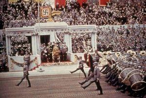 Парад в честь 50-летия Гитлера. Цветной снимок Х. Йегера