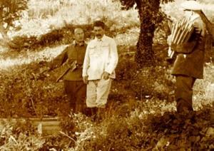 Сталин и Берия на пикнике. Начало 30-х годов