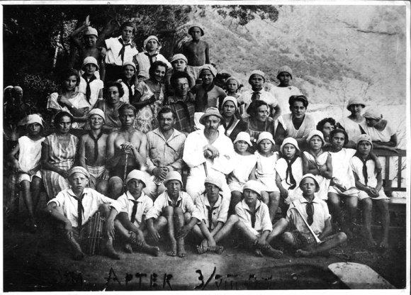 Артековцы, З. Соловьев и Ф. Шишмарев. 1927 год