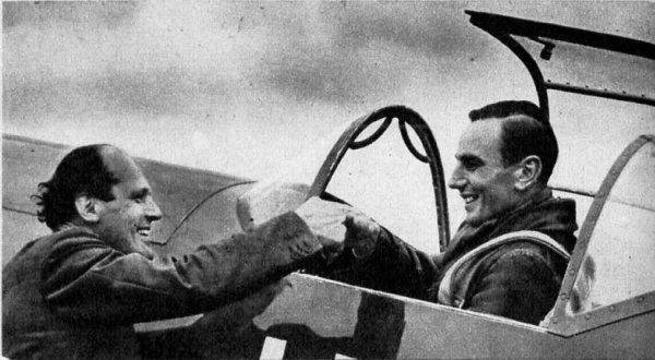 Фриц Вендель справа) и Вилли Мессершмитт после испытательного полёта