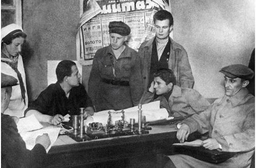 Комсомольцы 30-х