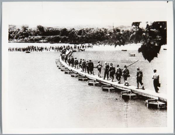 Форсирование реки Эбро республиканцами