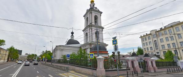 Никольский храм на углу нынешней Бакунинской улицы и Рабфаковского переулка