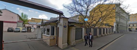 Бывшие гаражи НКВД, где в 1921-1953 гг проводились расстрелы