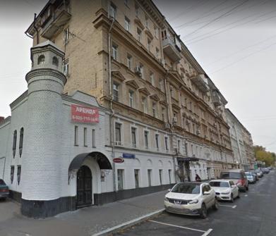 Бывший доходный дом Е.Шерупенковой на нынешней Октябрьской ул. в Москве.