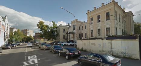 Бывшая Александровская больница дожидается лучших времён. Дождётся ли?