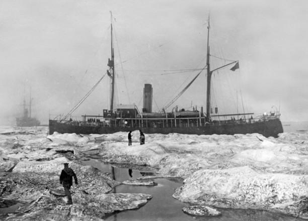 """""""Таймыр"""" и """"Вайгач"""" во время экспедиции 1910-1914 годов"""